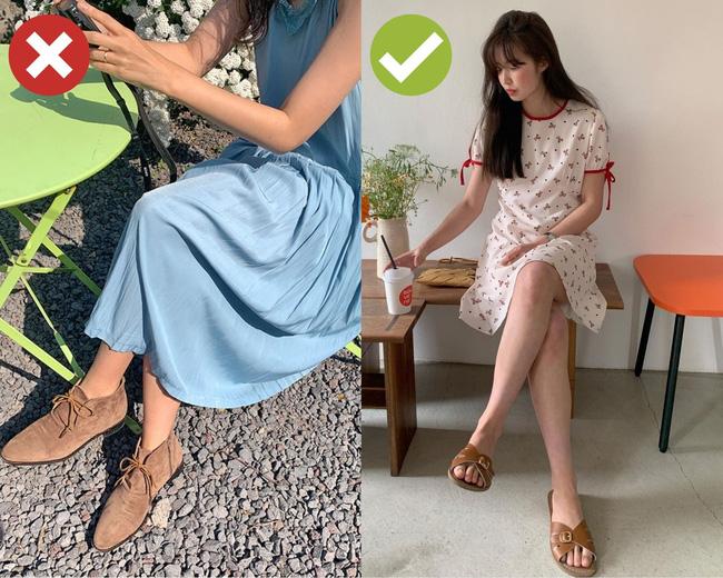 4 kiểu giày dép cứ mix với váy là hỏng cả set đồ, vóc dáng bị dìm cực thảm-4