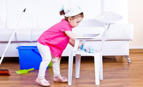 Gợi ý 22 việc nhà phù hợp với trẻ mọi lứa tuổi, bố mẹ vừa nhàn lại tạo lập thói quen tốt cho con-1