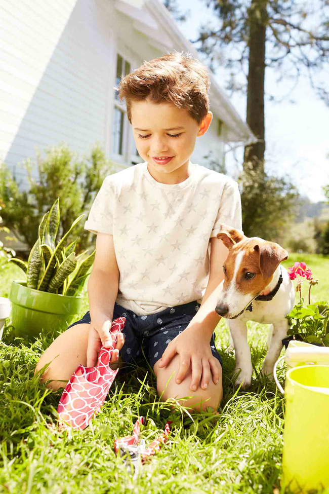 Gợi ý 22 việc nhà phù hợp với trẻ mọi lứa tuổi, bố mẹ vừa nhàn lại tạo lập thói quen tốt cho con-2