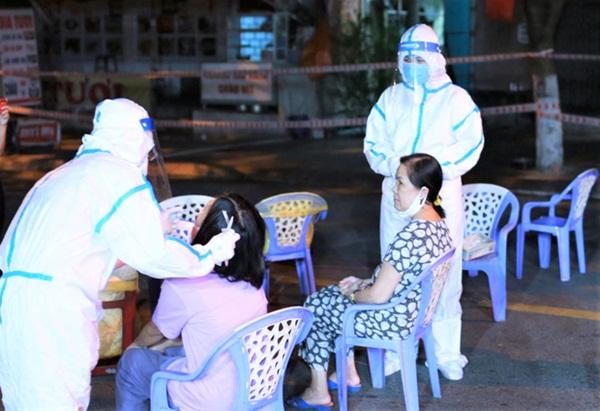 Nóng: Thêm 7 ca dương tính SARS-CoV-2, Đà Nẵng có số ca kỷ lục trong ngày-2