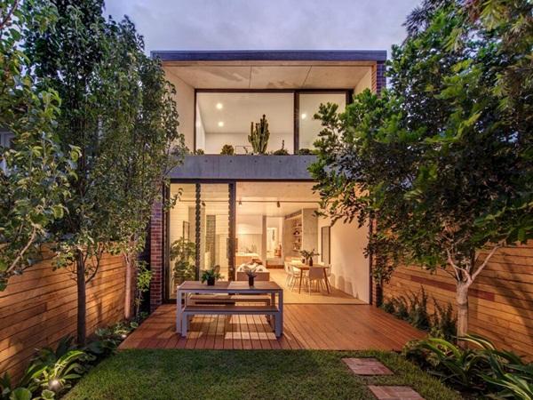 Ngôi nhà nhỏ với khu vườn ở sân sau mang đến bầu không khí hòa mình với thiên nhiên, thuận tiện vui chơi thả ga dịp cuối tuần-2