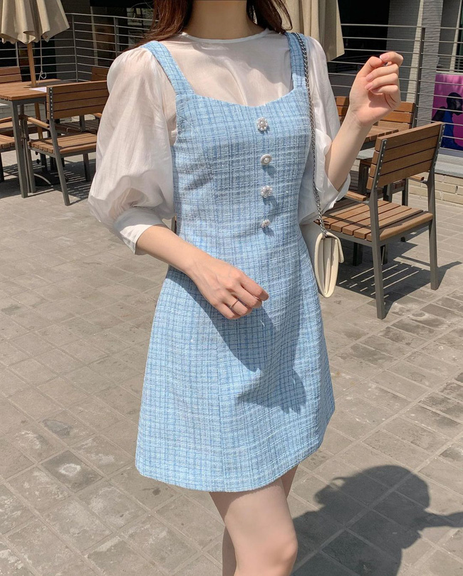 Để diện váy hai dây xịn đẹp level cao nhất, chị em hãy ngắm 12 set đồ này của gái Hàn-7