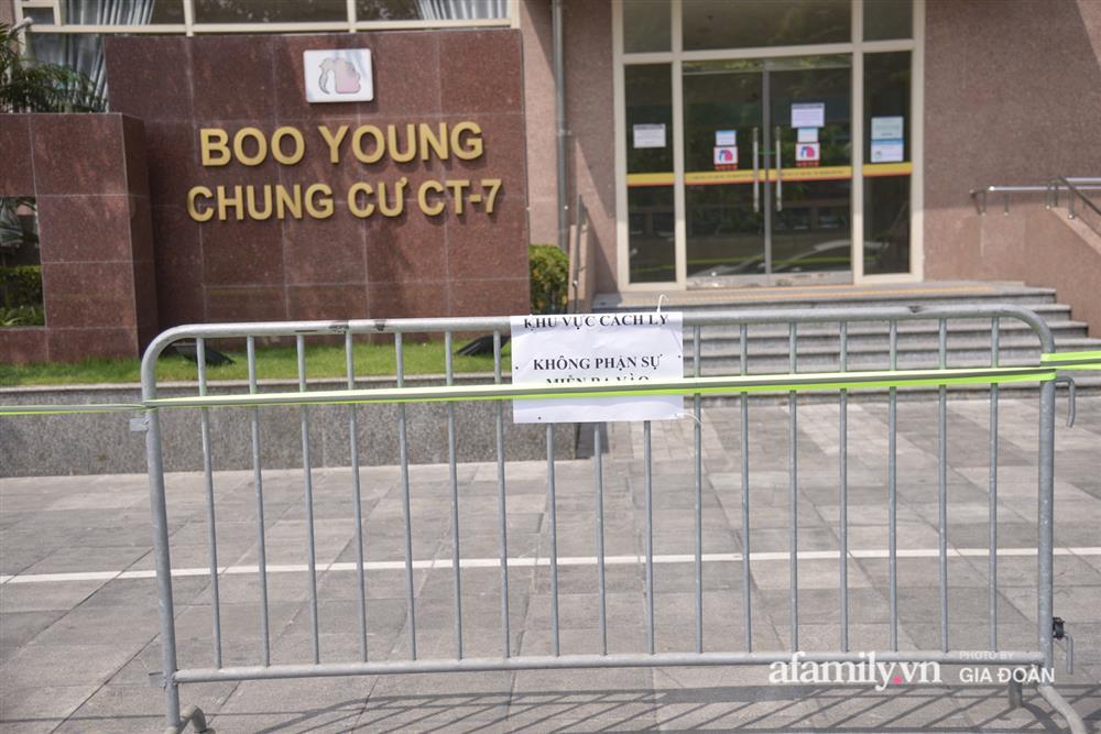 Hà Nội phong tỏa chung cư Hồ Gươm Plaza và tòa CT7 Booyoung nơi có ca nghi mắc COVID-19 liên quan vợ chồng giám đốc ở Thanh Xuân-13