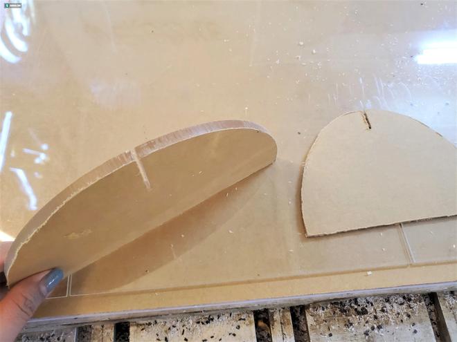 Kiếm chục triệu/ngày nhờ cắt tấm mica làm vách ngăn trong suốt, bán đắt hàng không tưởng-5