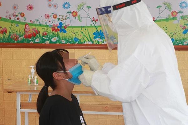 Nam Định phát hiện thêm hai trường hợp dương tính với SARS-CoV-2-1