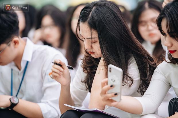 Học sinh Hà Nội không thi cuối kì 2 bằng hình thức trực tuyến-1