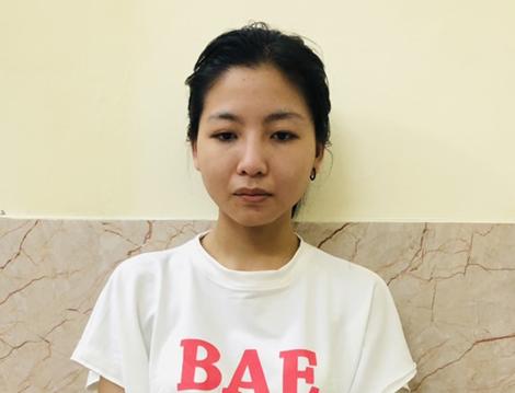 Hà Nội: Bắt quả tang tú bà 21 tuổi điều hành đường dây sex tour nghìn đô đang nhận tiền của khách mua dâm-1