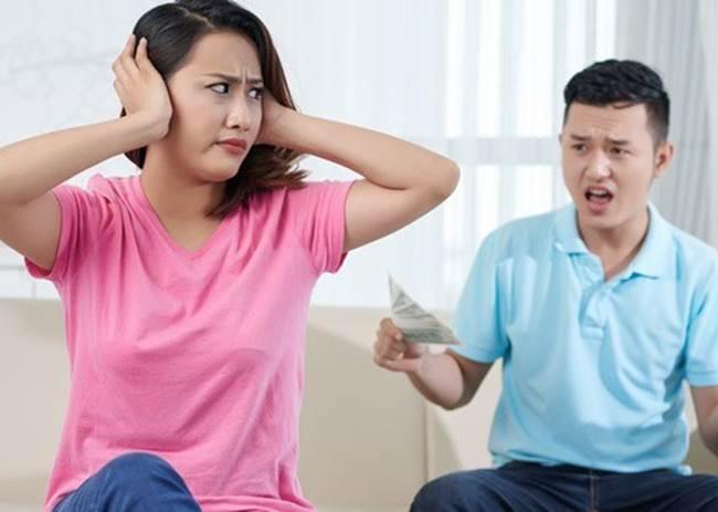 Vợ ngoại tình ngang nhiên nhưng lại không chấp nhận chuyện ly hôn vì lý do khó đỡ-1