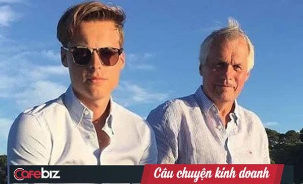 Thiếu gia thừa kế đế chế cá hồi hàng đầu Na Uy: Người mẫu điển trai sở hữu hàng tỷ USD khi mới 19 tuổi, không vội tiếp quản công ty khi chưa đủ khả năng-1