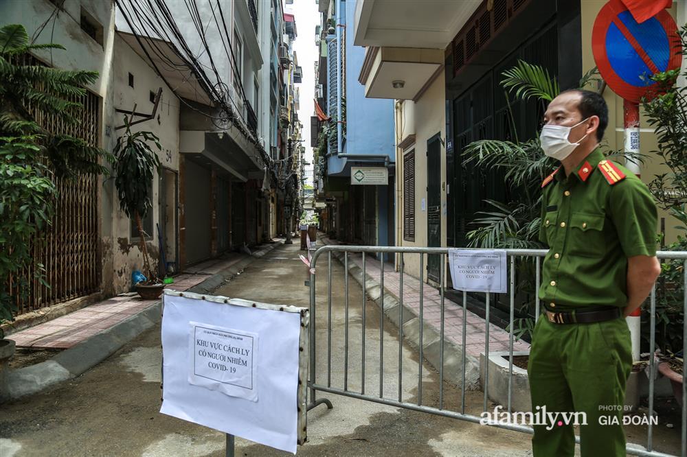 Hà Nội phong tỏa khu dân cư ở Nguyễn Xiển có ca dương tính SARS-CoV-2 là F1 của vợ Giám đốc Hacinco-3