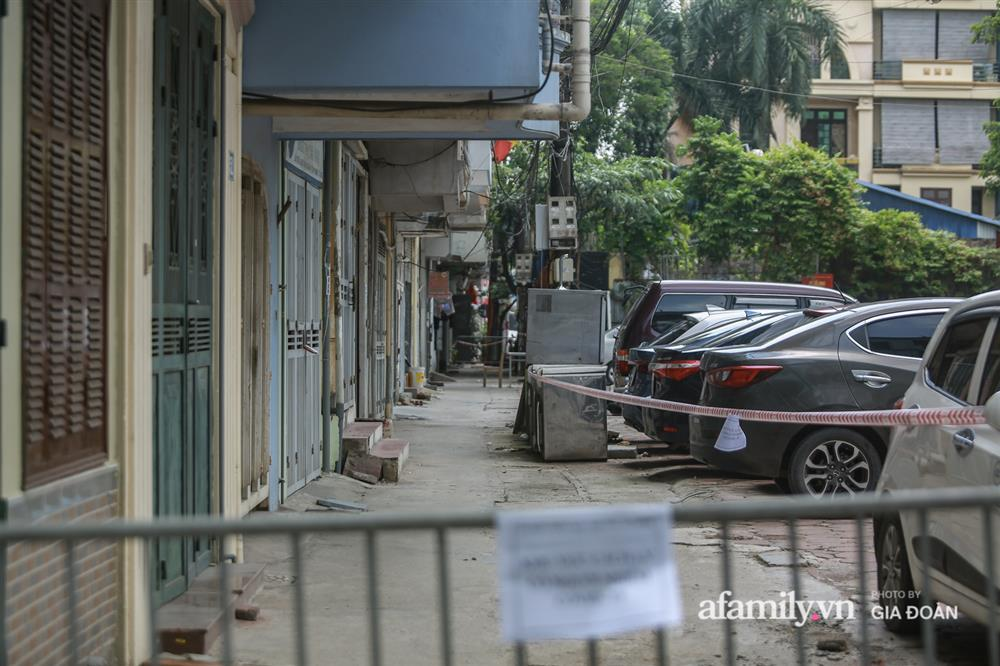 Hà Nội phong tỏa khu dân cư ở Nguyễn Xiển có ca dương tính SARS-CoV-2 là F1 của vợ Giám đốc Hacinco-8