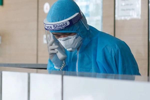 Hà Nội ghi nhận 2 ca dương tính SARS-CoV-2, trong đó có nam bác sĩ BV Phổi Trung ương