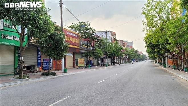 Ổ dịch lớn nhất Bắc Ninh vắng lặng chưa từng thấy trong cao điểm chống COVID-19-4