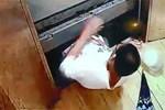 Từ vụ cậu bé 13 tuổi chết thương tâm khi tìm cách thoát khỏi thang máy gặp nạn: Dạy trẻ những kỹ năng này khi gặp tình huống tương tự