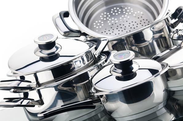 Các dụng cụ nấu nướng nghiêm cấm không được cho vào máy rửa bát nếu không muốn tốn tiền mua mới-3