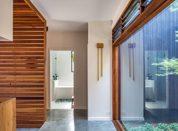Thiết kế giếng trời cho biệt thự 74m2, kiến trúc hiện đại tự nhiên đến mọi ngóc ngách-11