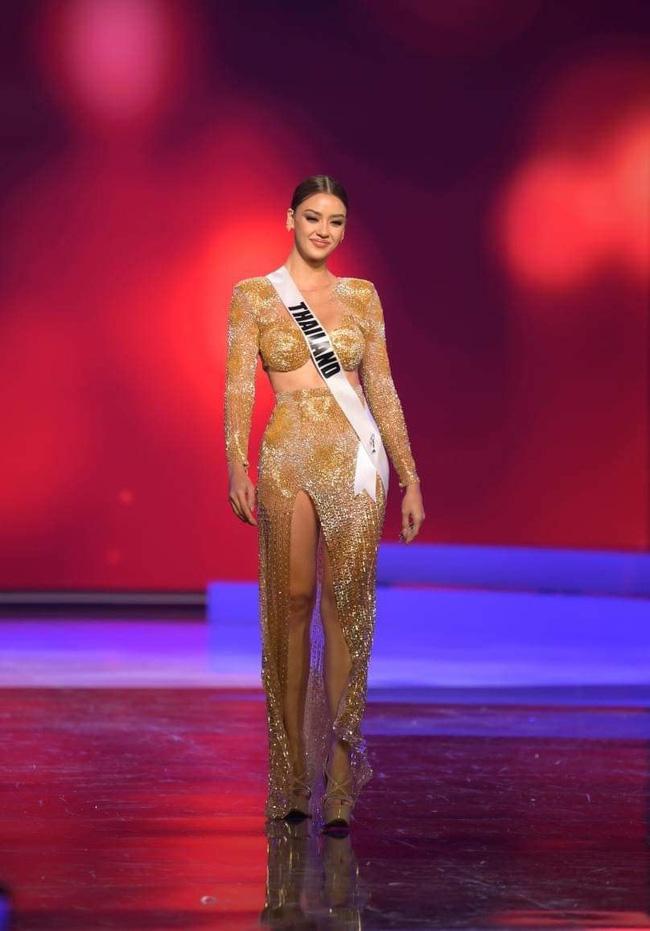 Ngoài Hừng Đông của Khánh Vân, đây là Top 10 bộ đầm dạ hội đẹp nhất Bán kết Miss Universe 2020-3