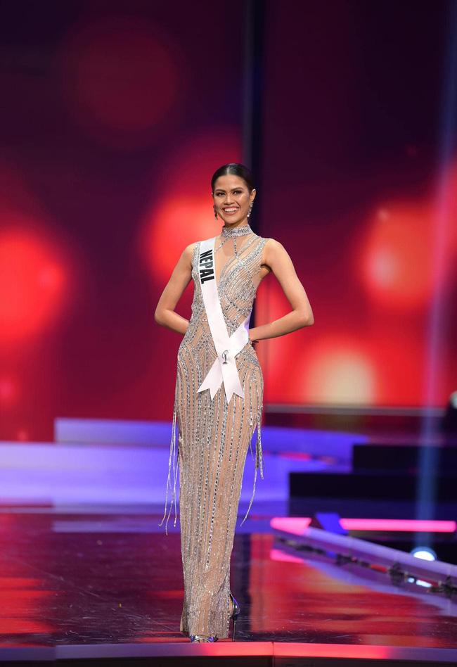 Ngoài Hừng Đông của Khánh Vân, đây là Top 10 bộ đầm dạ hội đẹp nhất Bán kết Miss Universe 2020-5