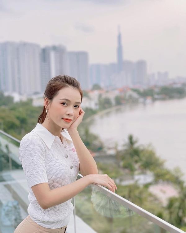 Mãn nhãn với 4 cách buộc tóc của sao Việt: Mùa hè áp dụng thì cực gọn mát, visual còn lên hương-9