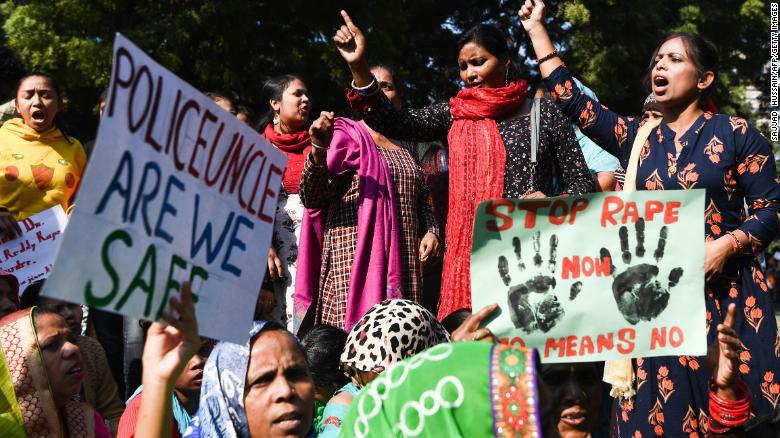 Chấn động: Cô gái bị chồng sắp cưới lừa đưa vào rừng để 25 thanh niên hiếp dâm tập thể đến bất tỉnh-2