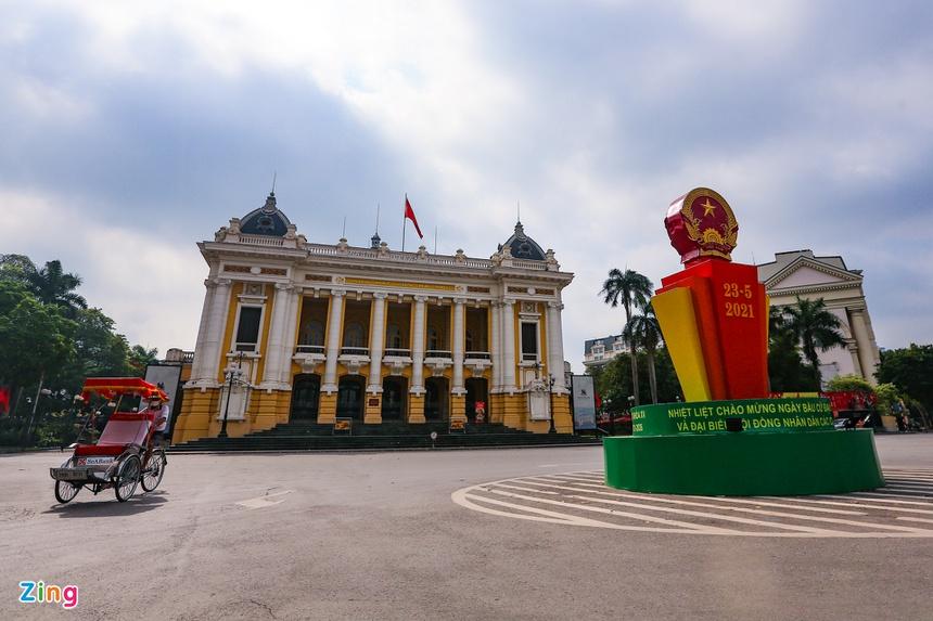 Phố phường Hà Nội vắng vẻ-3
