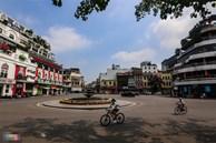 Phố phường Hà Nội vắng vẻ