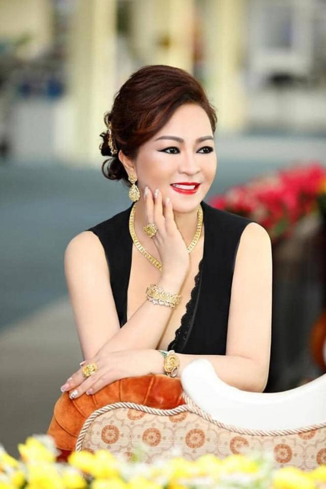 Bà Phương Hằng: Đàm Vĩnh Hưng ăn nói rất cao ngạo, nghĩ mình là ông hoàng-4