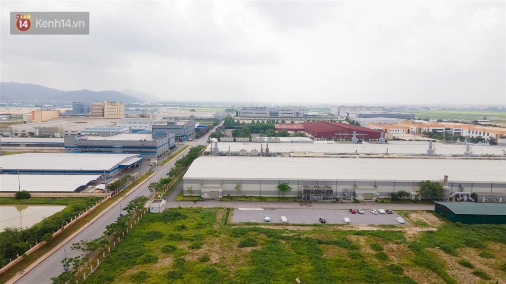 Cận cảnh phong tỏa công ty Hosiden - ổ dịch hơn 200 ca Covid-19 ở Bắc Giang-1