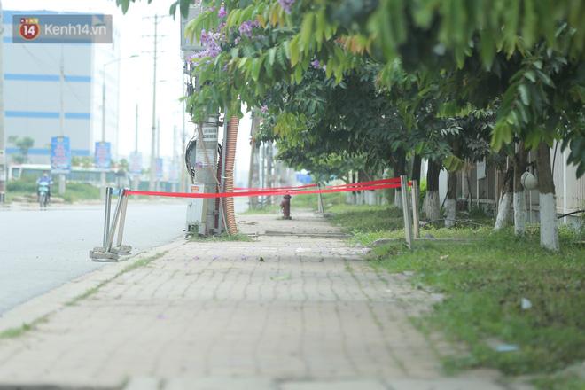 Cận cảnh phong tỏa công ty Hosiden - ổ dịch hơn 200 ca Covid-19 ở Bắc Giang-14