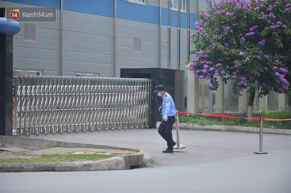 Cận cảnh phong tỏa công ty Hosiden - ổ dịch hơn 200 ca Covid-19 ở Bắc Giang-6