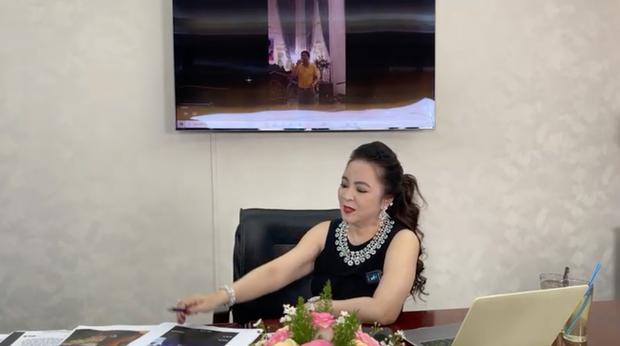 BẤT NGỜ: Bà Phương Hằng đột nhiên tâm sự về người thân duy nhất đang phụng dưỡng, chuyển tiền đều đặn mỗi tháng và vạch mặt hội 22 người bạn thân từng phản bội mình-2