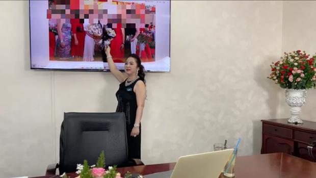 BẤT NGỜ: Bà Phương Hằng đột nhiên tâm sự về người thân duy nhất đang phụng dưỡng, chuyển tiền đều đặn mỗi tháng và vạch mặt hội 22 người bạn thân từng phản bội mình-3