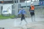 Cận cảnh phong tỏa công ty Hosiden - 'ổ dịch' hơn 200 ca Covid-19 ở Bắc Giang