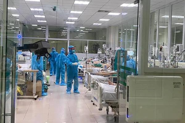 Sáng 17/5: 16 bệnh nhân Covid-19 nguy kịch, 1 bác sĩ trẻ phải thở oxy-1