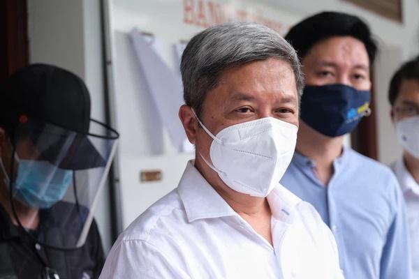Thứ trưởng Nguyễn Trường Sơn: Dịch tại Bắc Giang rất phức tạp và nguy hiểm, biến thể virus lây quá nhanh!-2