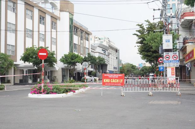 Lịch trình của 2 mẹ con mắc Covid-19 là F1 của BN 4128 ở Đà Nẵng: Đi đám cưới, ăn bánh tại tiệm, bán hàng ở nhà và gặp shipper-2