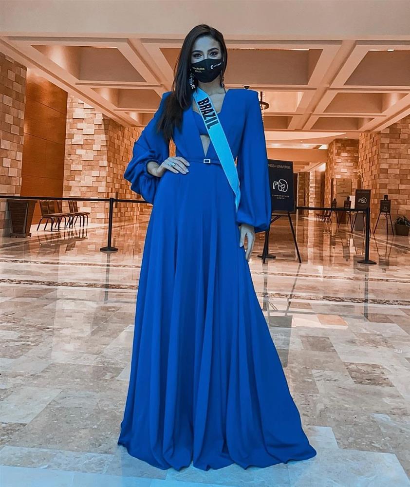 Á hậu 1 Miss Univese 2020 từng diện bộ quốc phục nhức nhối, hành trang chinh chiến chỉ hơn 10 bộ đồ-6