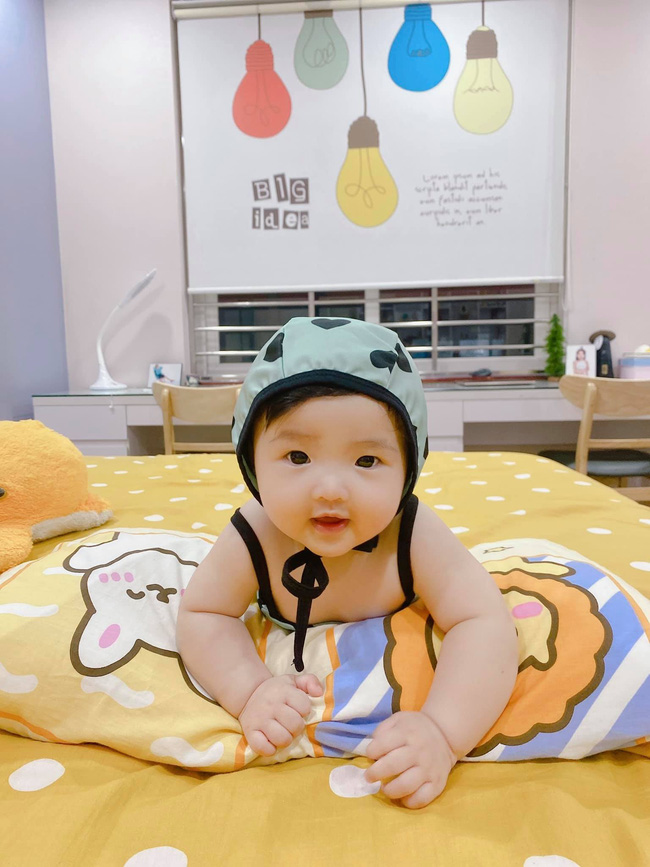 Ông Cao Thắng nín thở thực hiện thử thách đặt con ngủ, hot dad nổi tiếng chăm con khéo nhưng cũng nhận cái kết buồn cười như bao người-1