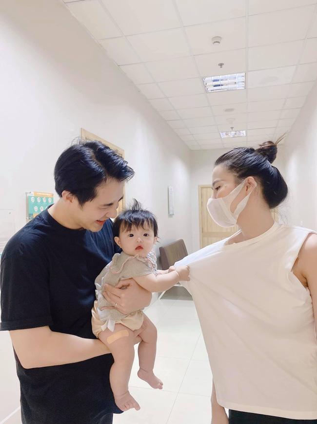 Ông Cao Thắng nín thở thực hiện thử thách đặt con ngủ, hot dad nổi tiếng chăm con khéo nhưng cũng nhận cái kết buồn cười như bao người-2