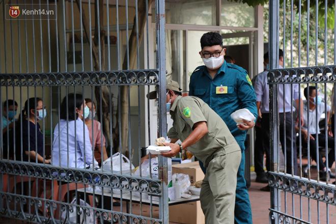 Ảnh: Phong tỏa tạm thời công ty kiểm toán tại TP.HCM do liên quan đến ca dương tính SARS-CoV-2 mới-3