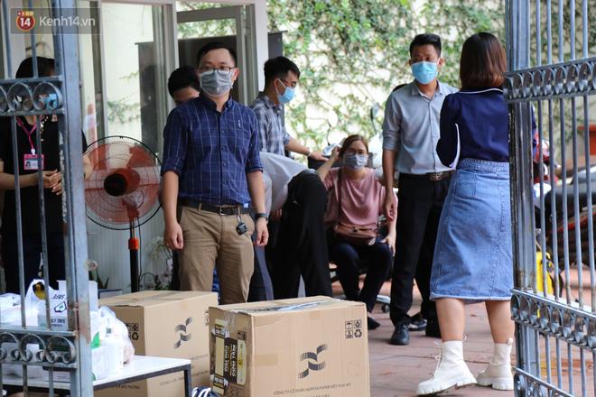 Ảnh: Phong tỏa tạm thời công ty kiểm toán tại TP.HCM do liên quan đến ca dương tính SARS-CoV-2 mới-5