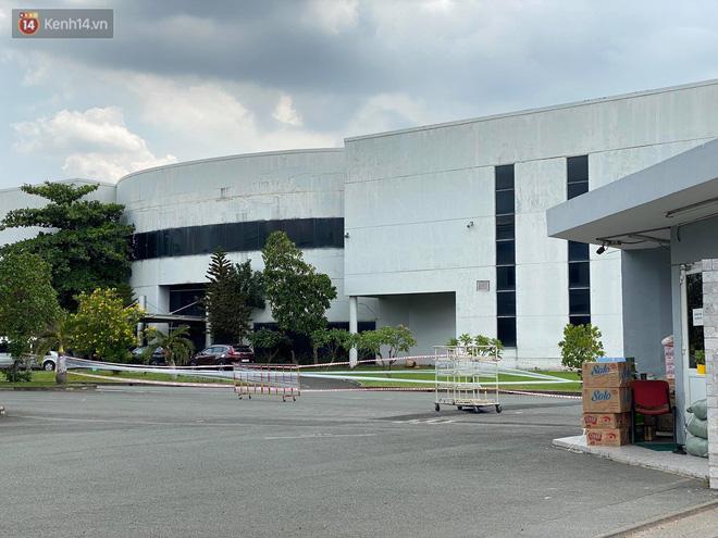Ảnh: Phong tỏa tạm thời công ty kiểm toán tại TP.HCM do liên quan đến ca dương tính SARS-CoV-2 mới-8