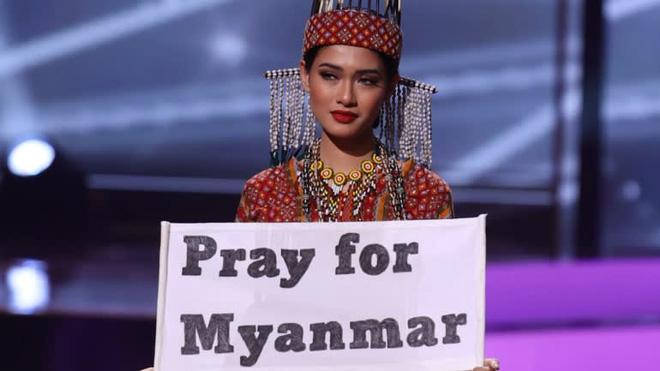 Nhan sắc của Hoa hậu Myanmar gây chú ý vì cầu cứu trên sân khấu Hoa hậu Hoàn vũ Thế giới?-1