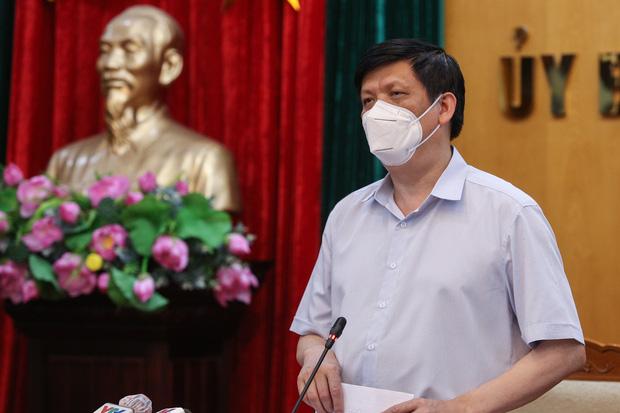 Chỉ 10 ngày ghi nhận gần 500 ca Covid-19, Bộ Y tế yêu cầu Bắc Giang đặt trong trạng thái báo động cao nhất-3