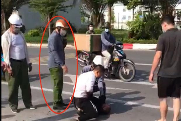 Lộ diện người giúp tài xế taxi khống chế tên trốn nã: Thấy người gặp nạn thì tôi giúp thôi-2