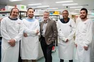 Australia tìm ra cách tiêu diệt 99,9% virus SARS-CoV-2 trong phổi bệnh nhân