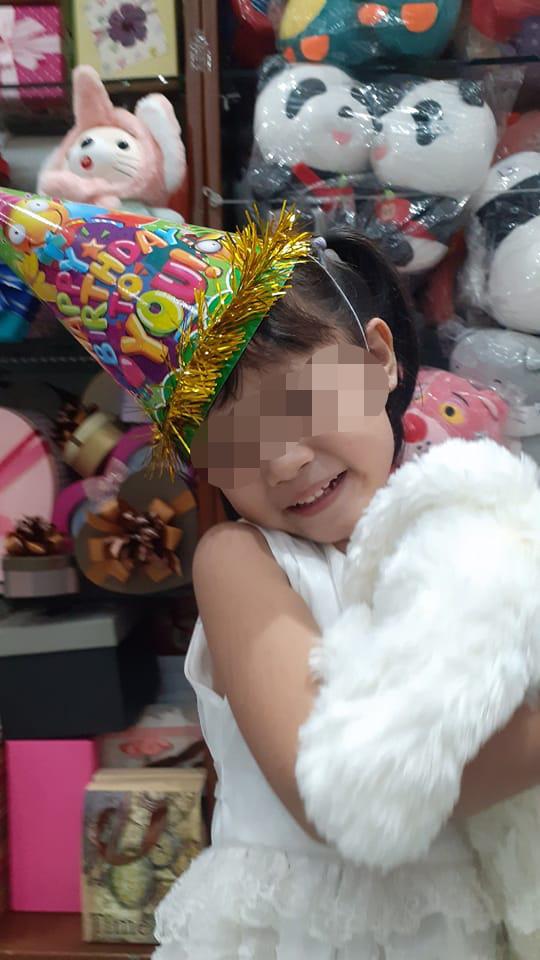 Tròn 1 tháng con gái bị sát hại, người mẹ ở TP Bà Rịa bật khóc: Nay là sinh nhật con, mẹ nhớ nụ cười của một thiên thần-2