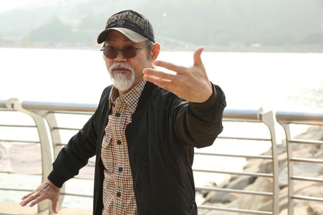 Tài tử Tuyệt đỉnh Kungfu: Tuổi 71 sức khỏe suy yếu, bệnh tật đầy người, râu tóc bạc trắng-9