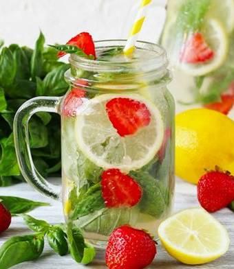 7 công thức nước detox giúp thải độc, tiêu mỡ và làm đẹp da chuyên gia khuyên nên dùng mùa hè-3