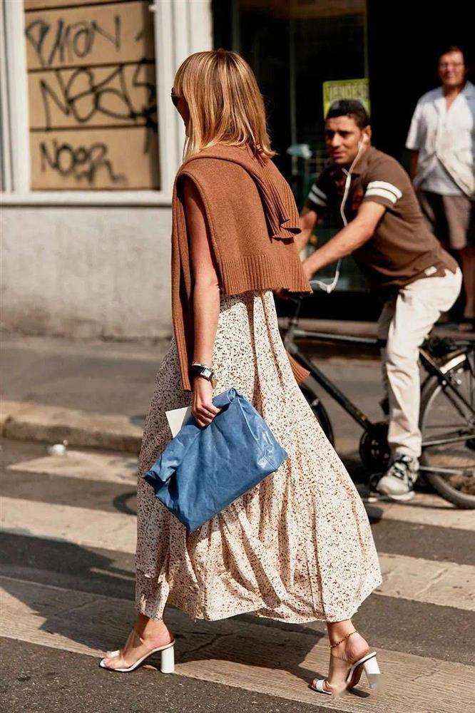 Mùa Hè định sắm váy hoa thì phải ghim ngay 4 tips này để tìm được kiểu váy ưng ý nhất-4